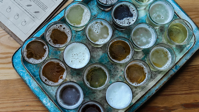 a sampler platter of 20 different beers and ales
