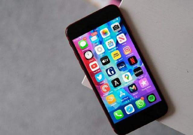 The Selfie Camera in the iPhone SE Camera Specs