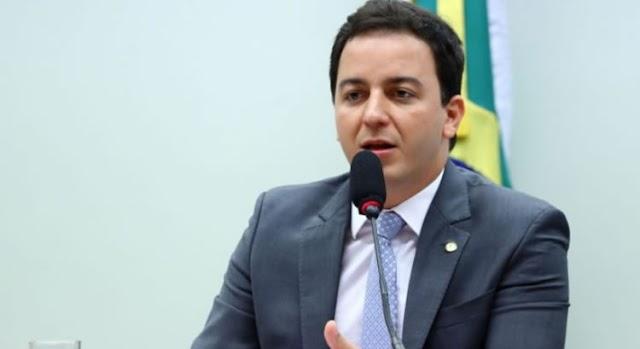 Após resposta da AGU, Justiça nega liminar para impedir motociatas de Bolsonaro no Ceará