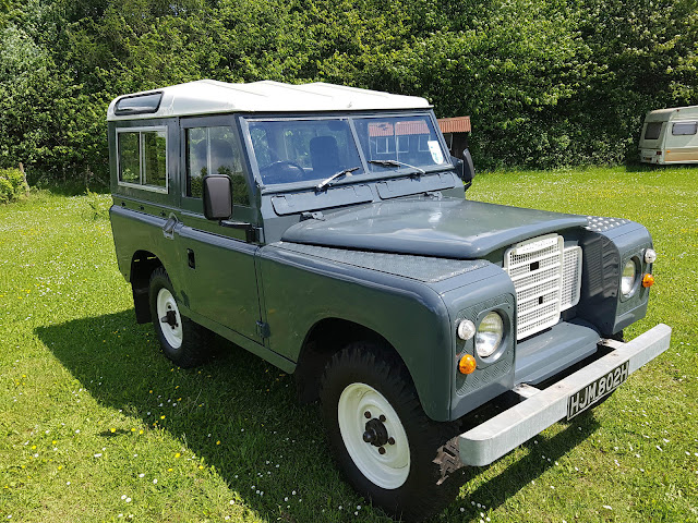 landrover defender land rover series 2a 1969 2 0l diesel swb 88 taxfor sale is my land rover series 2a she is a 1969 so she is tax exempt says historic on the v5 i have a new style v5 for her