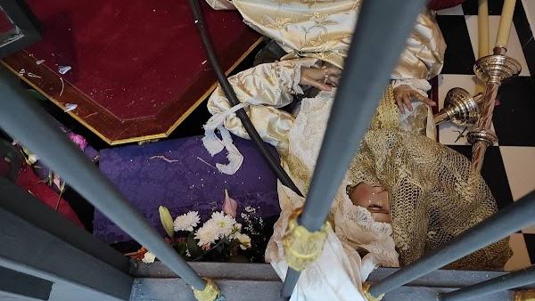 Profanan la capilla de la Virgen de la Encarnación de Málaga