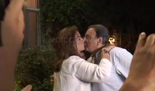 Εκλογές 2019 – Ντόρα Μπακογιάννη: Το φιλί στον Ισίδωρο και στην Αλεξία! Video