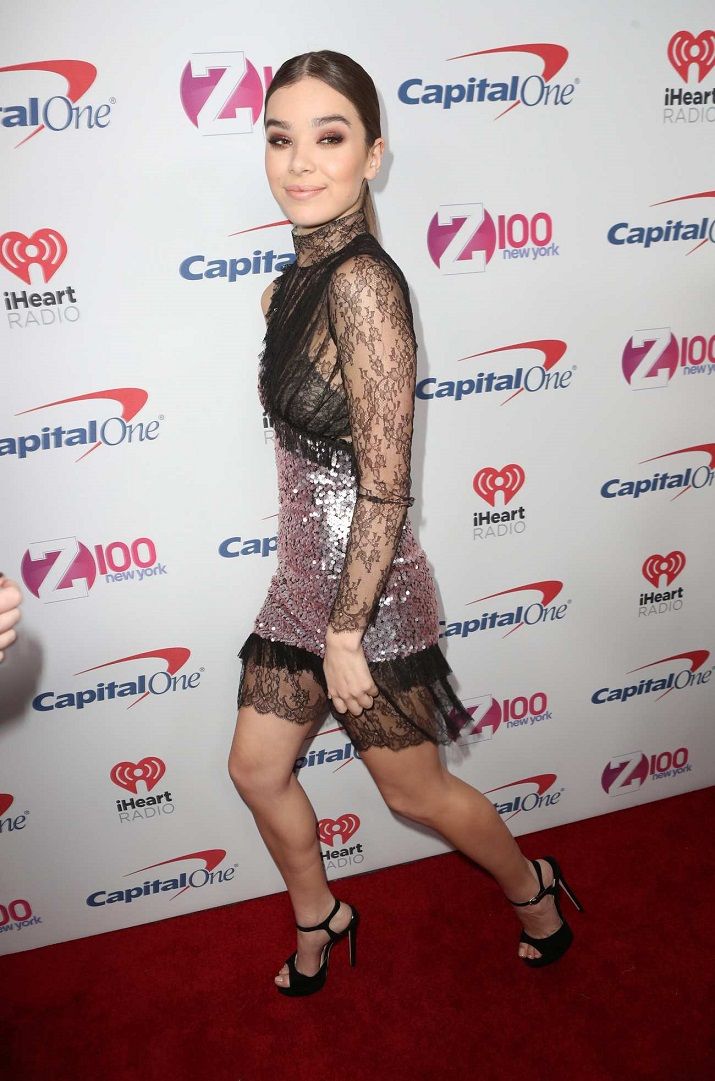 Hailee Steinfeld: Z100s iHeartRadio Jingle Ball 2016