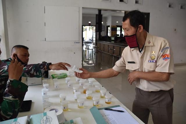 Perang Lawan Narkoba, Seskoad Lakukan Tes Urine Prajuritnya di Bandung