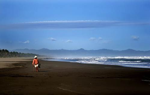 objek wisata pantai cilacap
