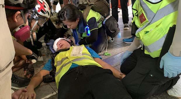 Ditembak Polisi Hong Kong, Wartawan Indonesia Buta Permanen