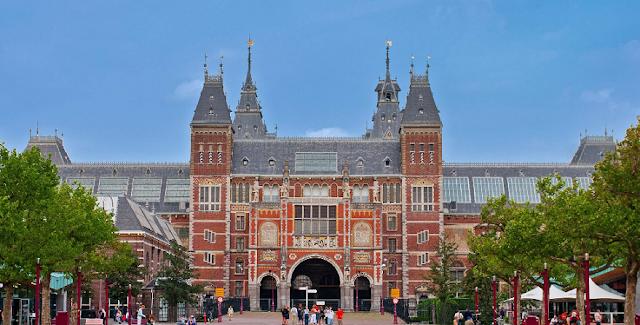 Cruzeiro pelos canais e Rijksmuseum em Amsterdã