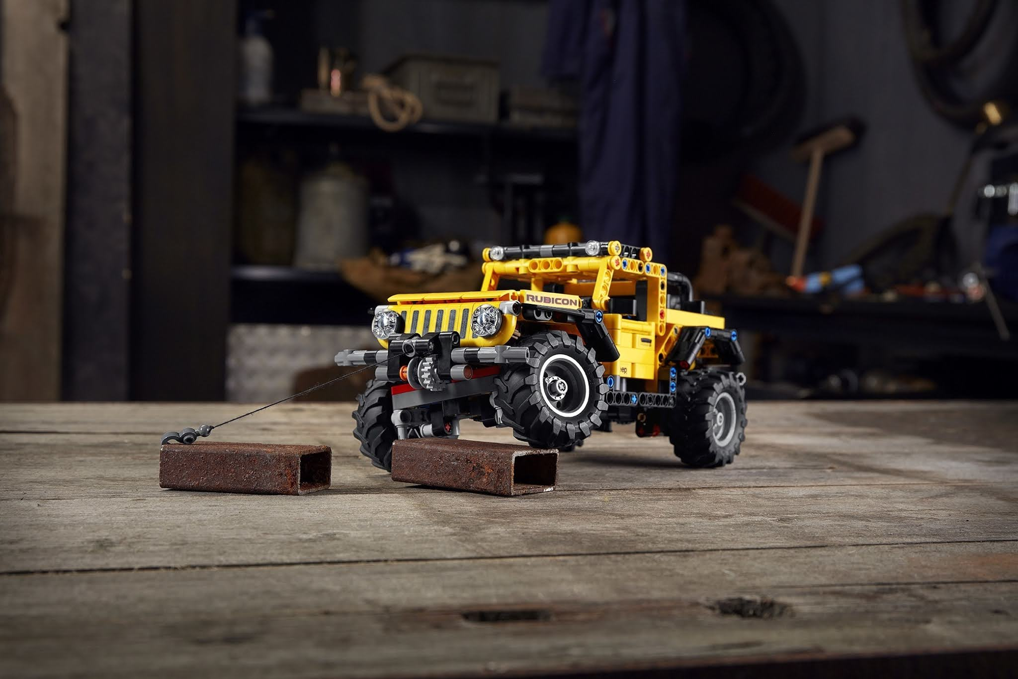 Make the Whole World Your Playground With the New LEGO Technic Jeep Wrangler