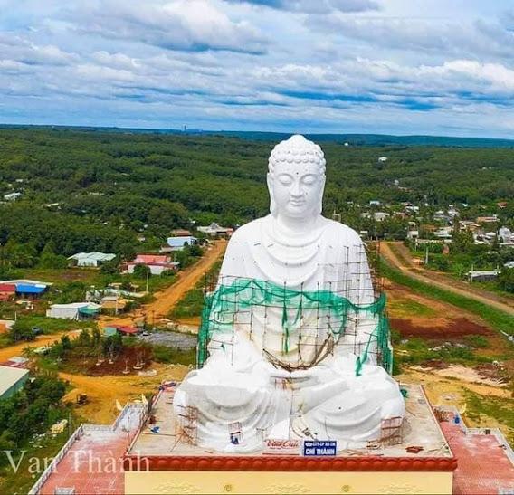 Tượng Phật tại chùa Phật Quốc Vạn thành