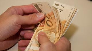 Prefeitura de Picuí paga 13º salário dos servidores municipais