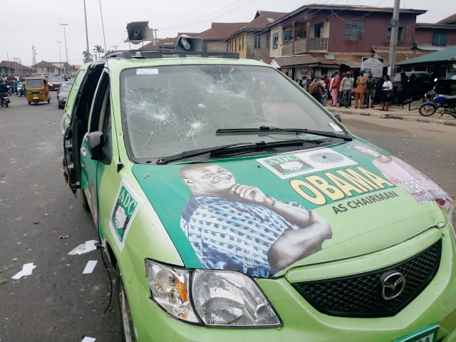 Hoodlums attacked Hon. Abiola Makinde and his Party members during a peaceful political rally in Ondo.