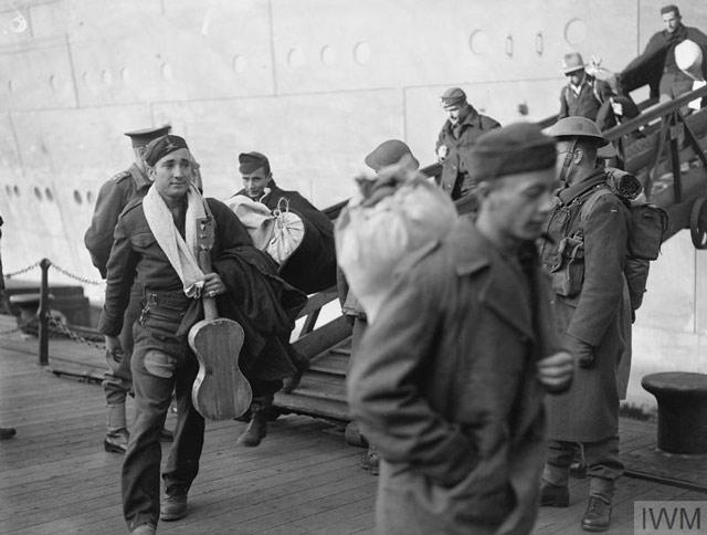 Italian POWs arrive in Liverpool 26 April 1942 worldwartwo.filminspector.com