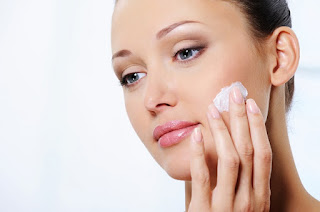 AWAS, OVER MOISTURIZING! TANDA-TANDA DAN TIPS MENGHINDARI OVER MOISTURIZING