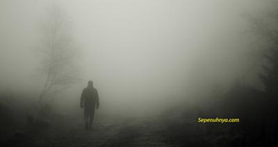 Puisi: Doa dalam Kabut