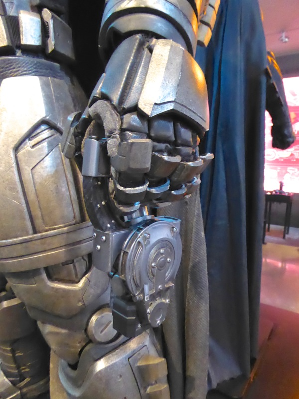 Mech Batsuit glove detail Batman v Superman