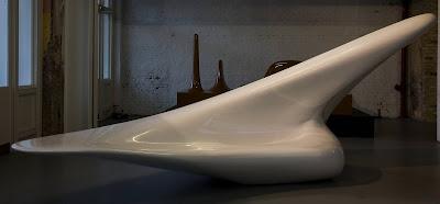 Silla diseñada por Zaha Hadid