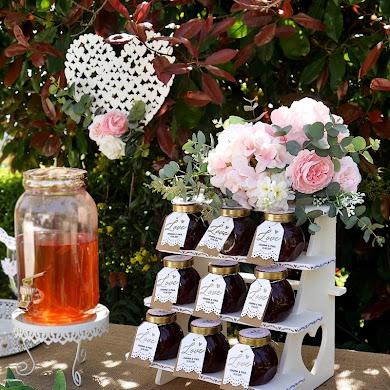 DIY Ideas for a Backyard Wedding