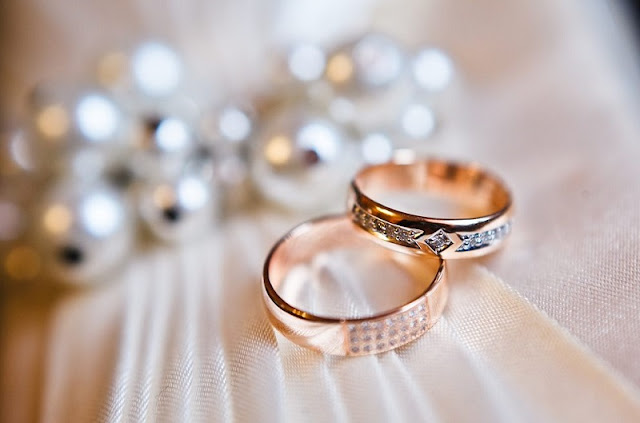 Hendak-Menikah-Ini-Dia-Tips-Memilih-Cincin-yang-Sesuai-untuk-Pasangan