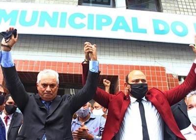 JORGE CARREIRO ASSUME PREFEITURA DE PAULISTA; VINÍCIUS CAMPOS FOI ANUNCIADO SECRETÁRIO DE ARTICULAÇÃO POLÍTICA