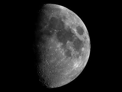 Lluna de 8,8 dies