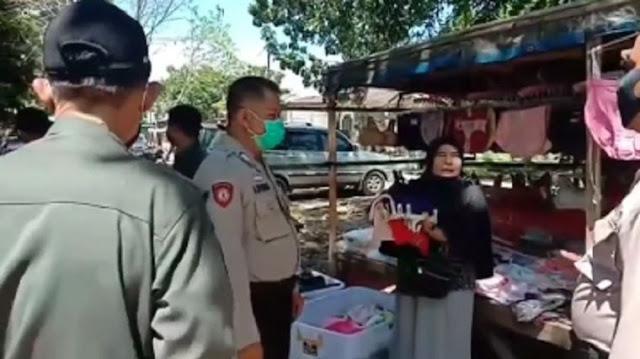 Diminta Polisi untuk Tutup Usahanya, Isi Hati Pedagang ini Jadi Sorotan, 'Racunin aja Kami Semua kan Biar Kami Mati'
