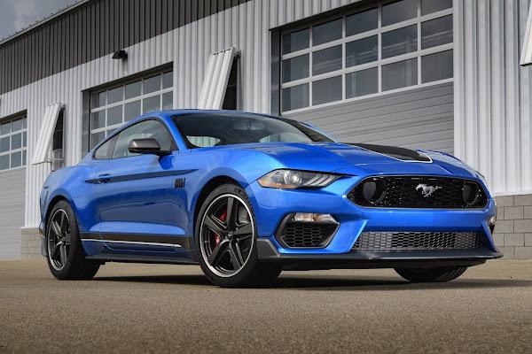 Ford Mustang - carro esportivo mais vendido do mundo