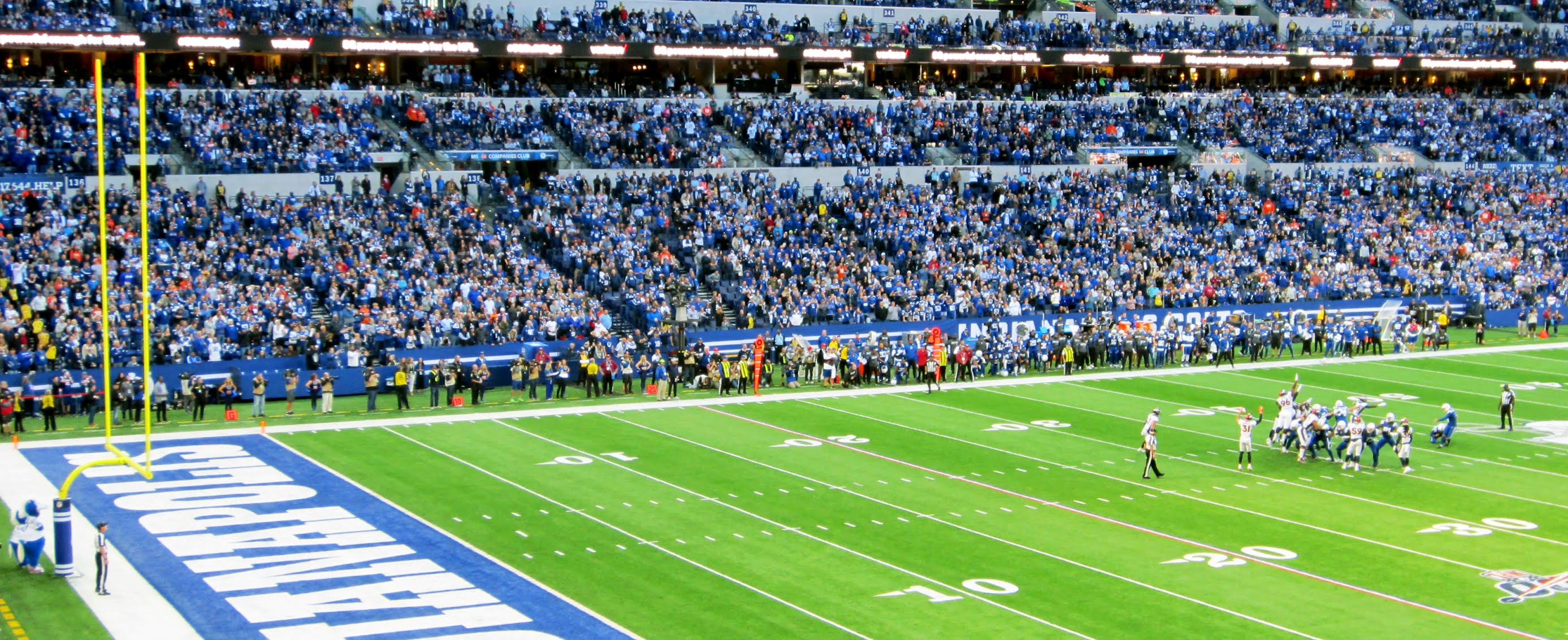 Adam Vinatieri kicking a game winning field goal for the Indianapolis Colts