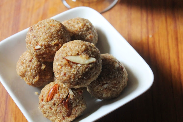 Chapati Ladoo Recipe – Policha Ladoo Recipe – Roti Churma Ladoo Recipe