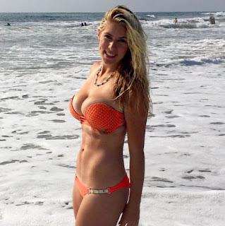 Jon Rahm Wife Kelley Cahill Has Incredible Washboard Abs