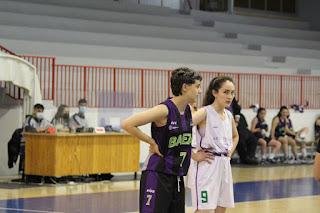 Victoria gris del CB Baeza en el segundo partido de la final a tres de la Liga Provincial Femenina