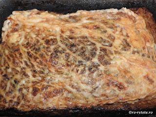 Drob de miel la cuptor reteta traditionala de Paște gatit in prapure cu carne grasime organe maruntaie ceapa verde marar patrunjel retete mancare aperitive Paști copt,