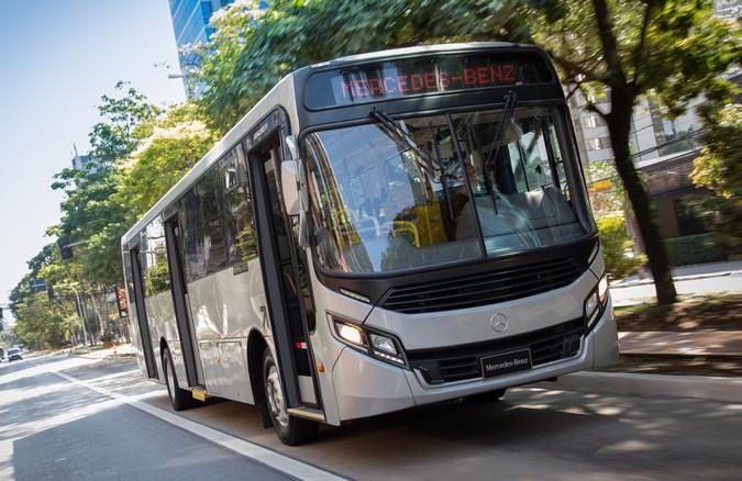 Mercado de ônibus recua 33% em 2020