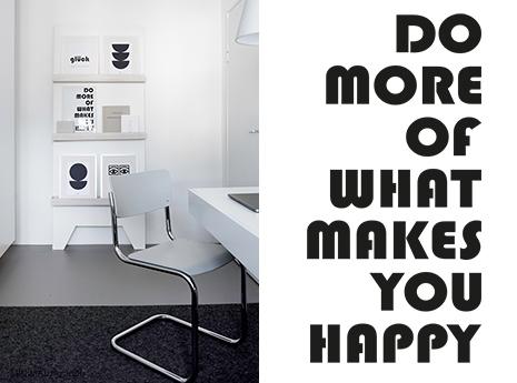 Wie gestalte ich eine Bilderwand - im MINIMAL Magazin findest du minimaoistische Wohnideen und Tipps für die Gestaltung mit Bildern.
