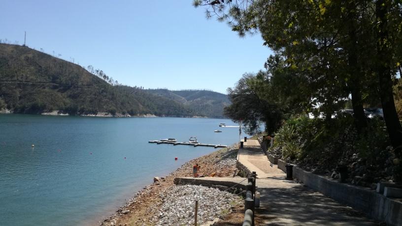 Entrada Praia Fluvial do Lago Azul
