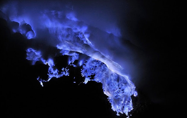 How Blue Lava Forms ? - rictasblog