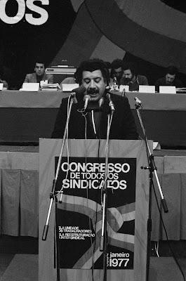 2.º Congresso CGTP-IN – intervenção de Kalidás Barreto, Pavilhão dos Desportos, Lisboa, 1977-01-27/30. CGTP-IN/autor não mencionado/K39-05.