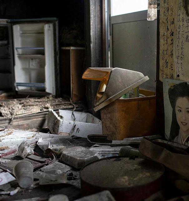 Casas abandonadas aumentam em número.