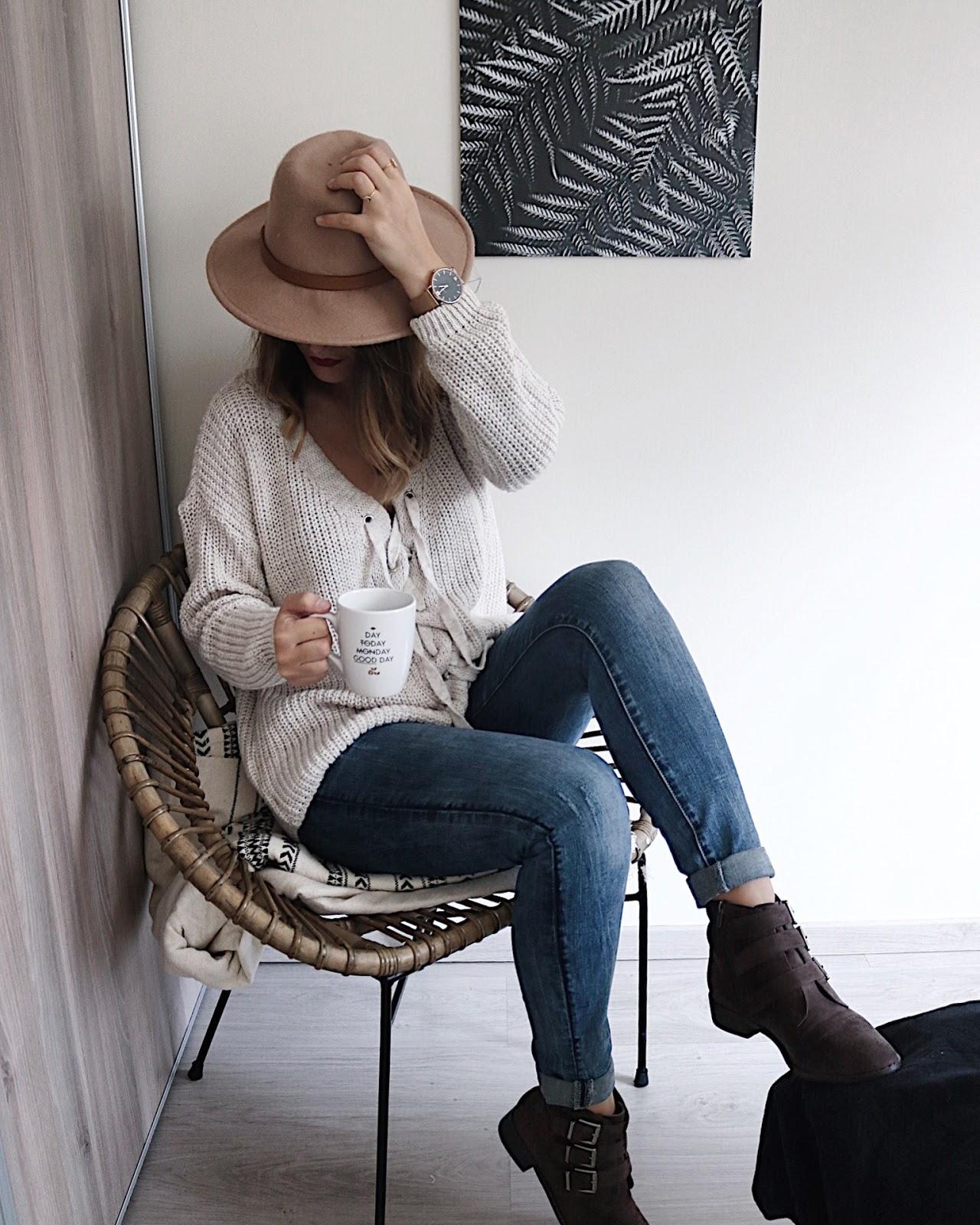 pauline-dress-auto-entrepreneur-autoentrepreneur-conseil-debuter-lancer-son-activite-blog-blogueur-blogueuse-besancon