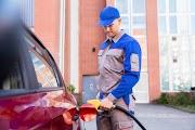 شركة كبيرة ديال المحروقات باغي تخدم 75 عون محطة وقود في بزاف المدن