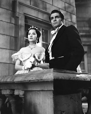 Cathy (Merle Oberon) and Heathcliff (Laurence Olivier)