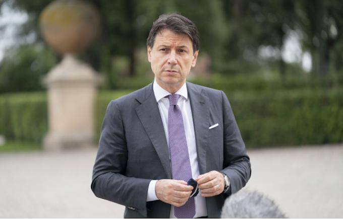 """Conte: """"Non sprecheremo nemmeno un euro per rilancio Paese"""""""