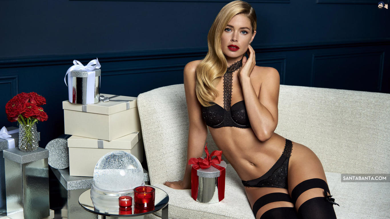 Doutzen Kroes Super Sexy Wallpaper