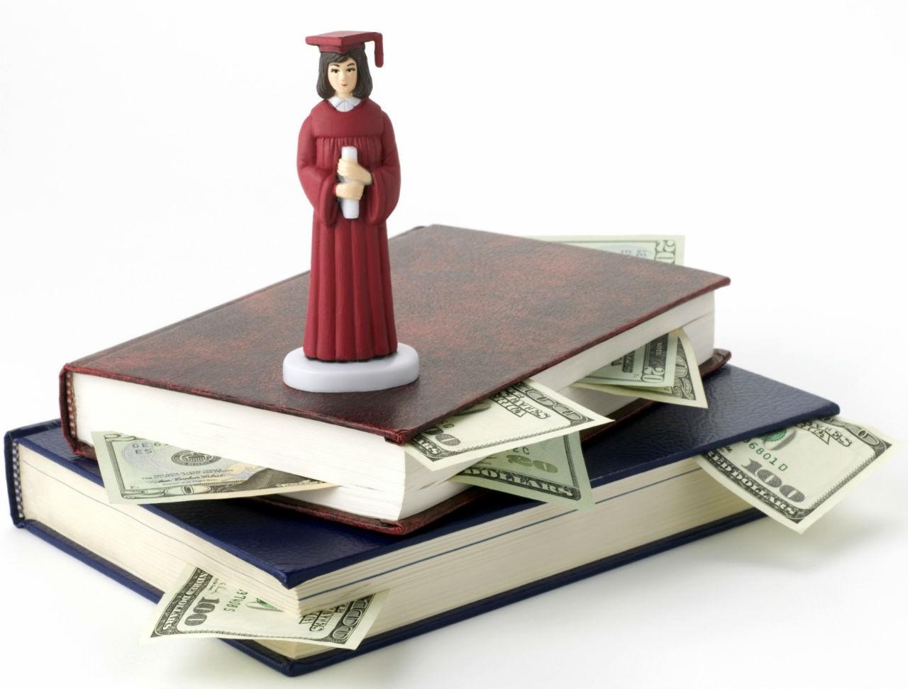 Vừa học vừa làm khi du học Mỹ giúp giảm bớt gánh nặng chi phí