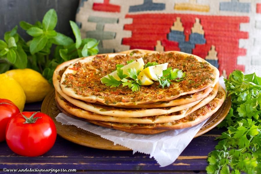 Lahmacun_resepti_turkkilainen pizza_kosher_gluteeniton_lammaspizza_Andalusian auringossa_ruokablogi_matkablogi_5