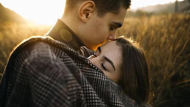 Inilah 5 Hal Ini Membuat Pasanganmu Jatuh Cinta Setiap Hari