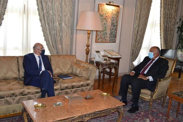 Ελλάδα και Αίγυπτος υπογράφουν συμφωνία για οριοθέτηση της ΑΟΖ