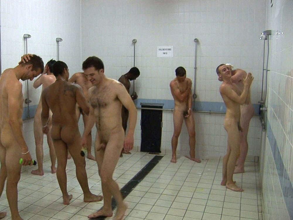 Vestuario gay desnudo