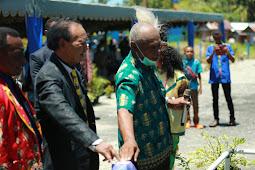 Abraham Imbiri Resmikan Gedung Klasis, GPDP Waropen Siap Sukseskan Sidang Sinode GKI Tanah Papua