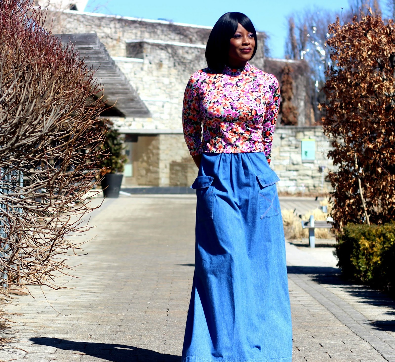 what to wear with denim skirt
