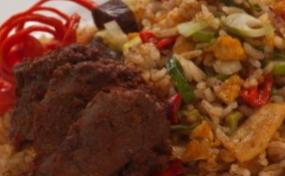 Resep Cara Membuat Nasi Goreng rendang Telur Sederhana Dan pPaktis Untuk Sehari hari